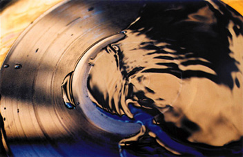 Exposition Vinyl Event à la galerie Trait Personnel